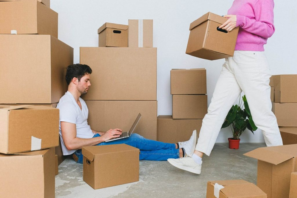 Movers service Mississauga